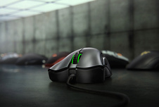 Razer DeathAdder-essenziali-gallery01-gaming mouse