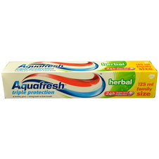 Aquafresh Zubní pasta Triple Protection Herbal 125 ml